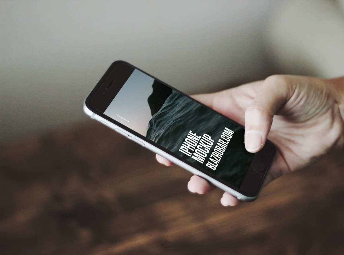 Free iPhone mobile mockup Photoshop file